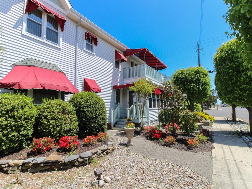 9915 Second Avenue, Stone Harbor (Island) - Picture 2
