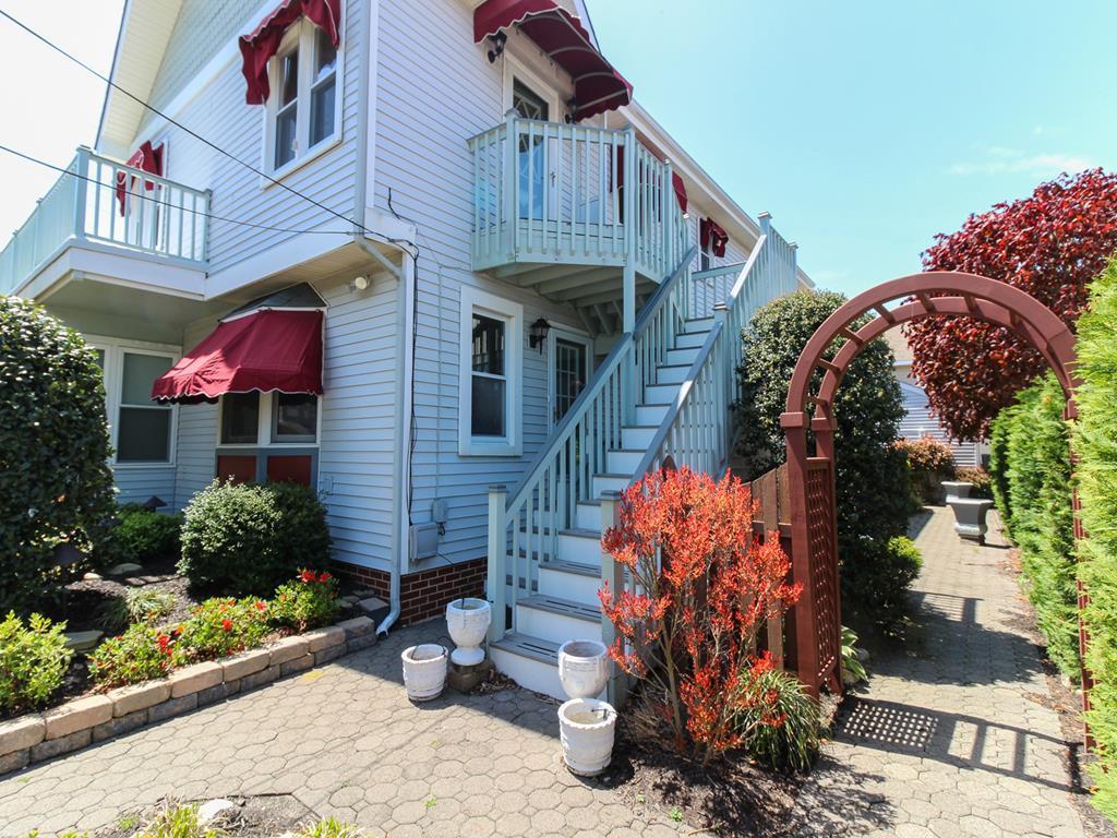 9915 Second Avenue, Stone Harbor (Island) - Picture 5