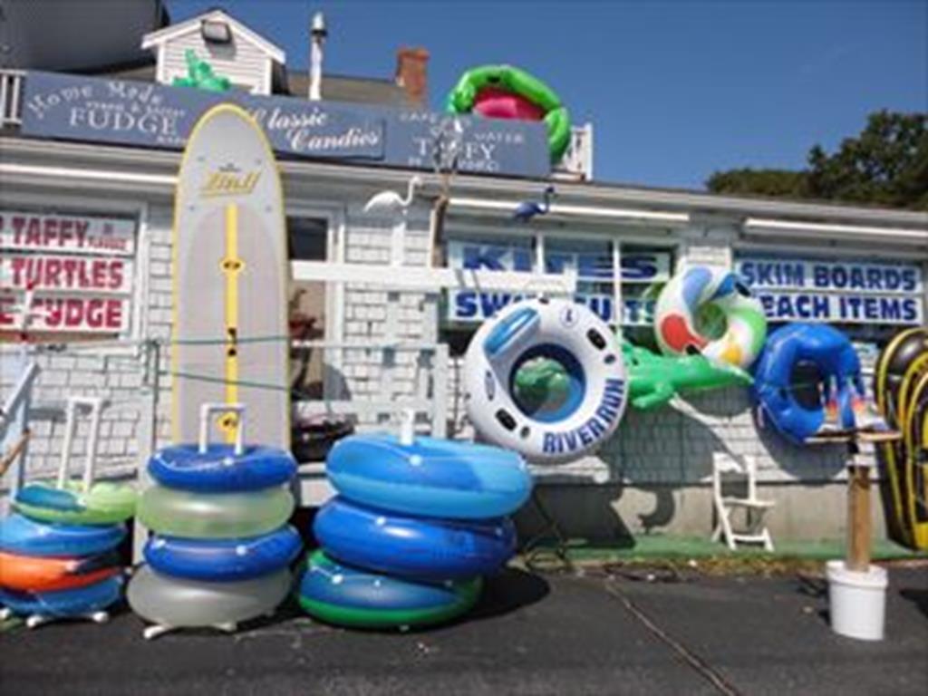 Route 28 Beach Shops