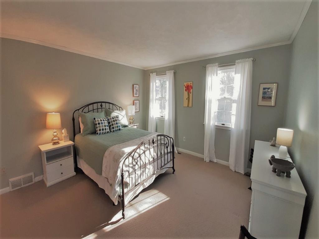 Second Floor Master Bedroom w/Queen and en-suite bath plus balcony deck