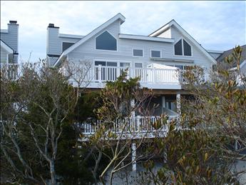 3006 Marine Place -