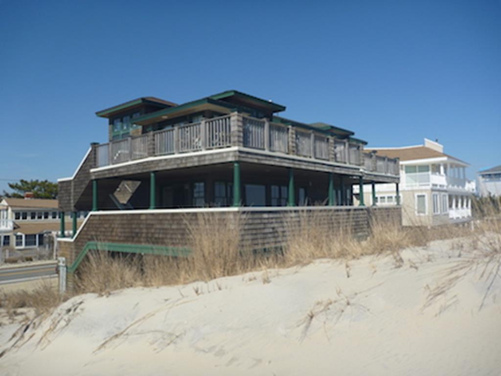 3409 Ocean Boulevard, 1 Floor, Brant Beach