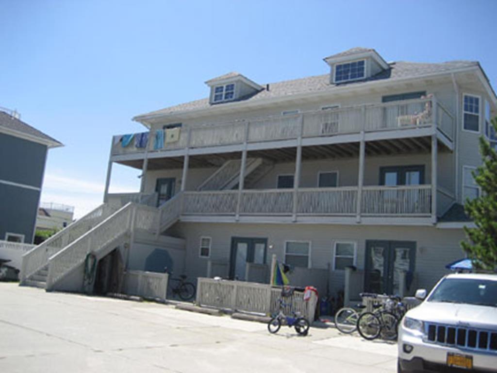 136 Delaware Avenue, Unit 3F, Beach Haven Terrace