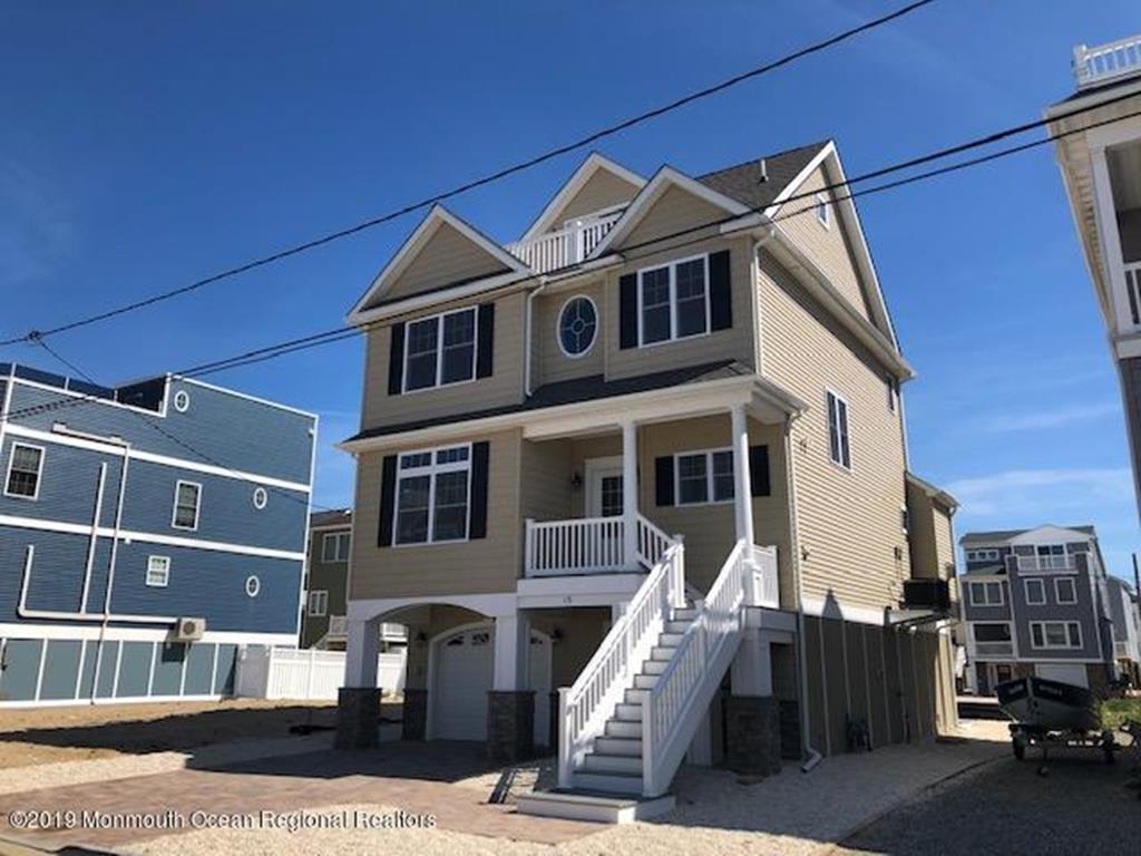 15 Fielder Avenue, Unit Whole - 145253 - Picture 0