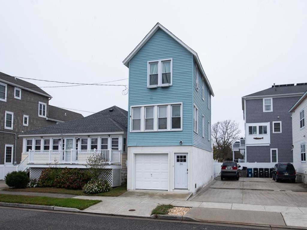 206 E. 2nd. Avenue, North Wildwood (North Wildwood Beach Side)