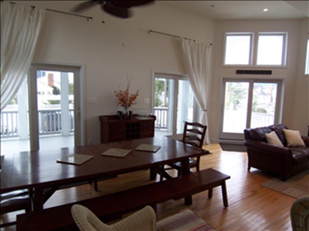 13313 Beach Avenue, Beach Haven Terrace