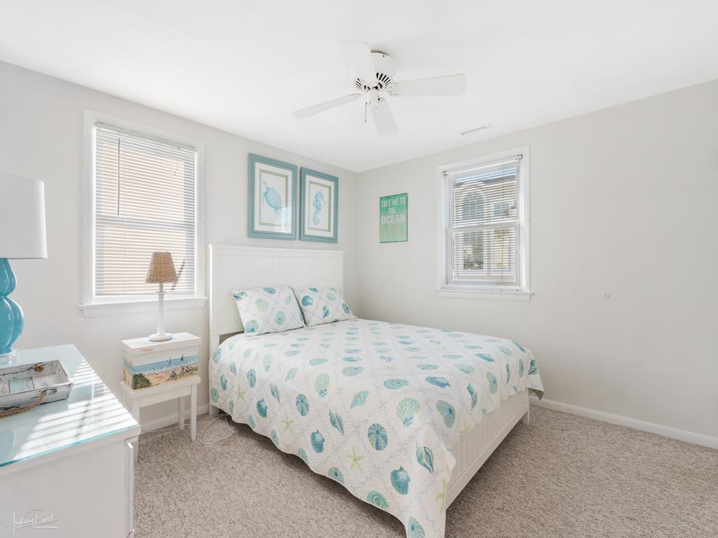 2 90th Street, Stone Harbor (Beach Front) - Picture 9
