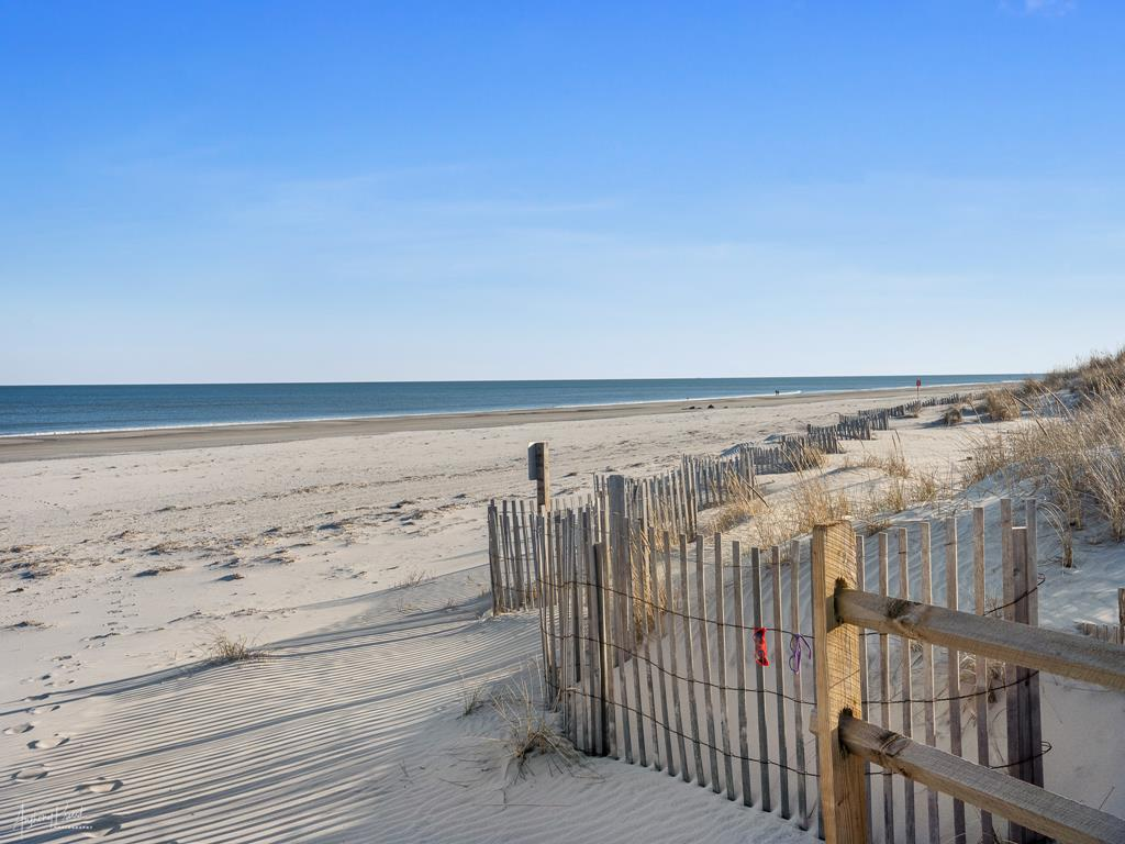 4 90th Street, Stone Harbor (Beach Front) - Picture 16