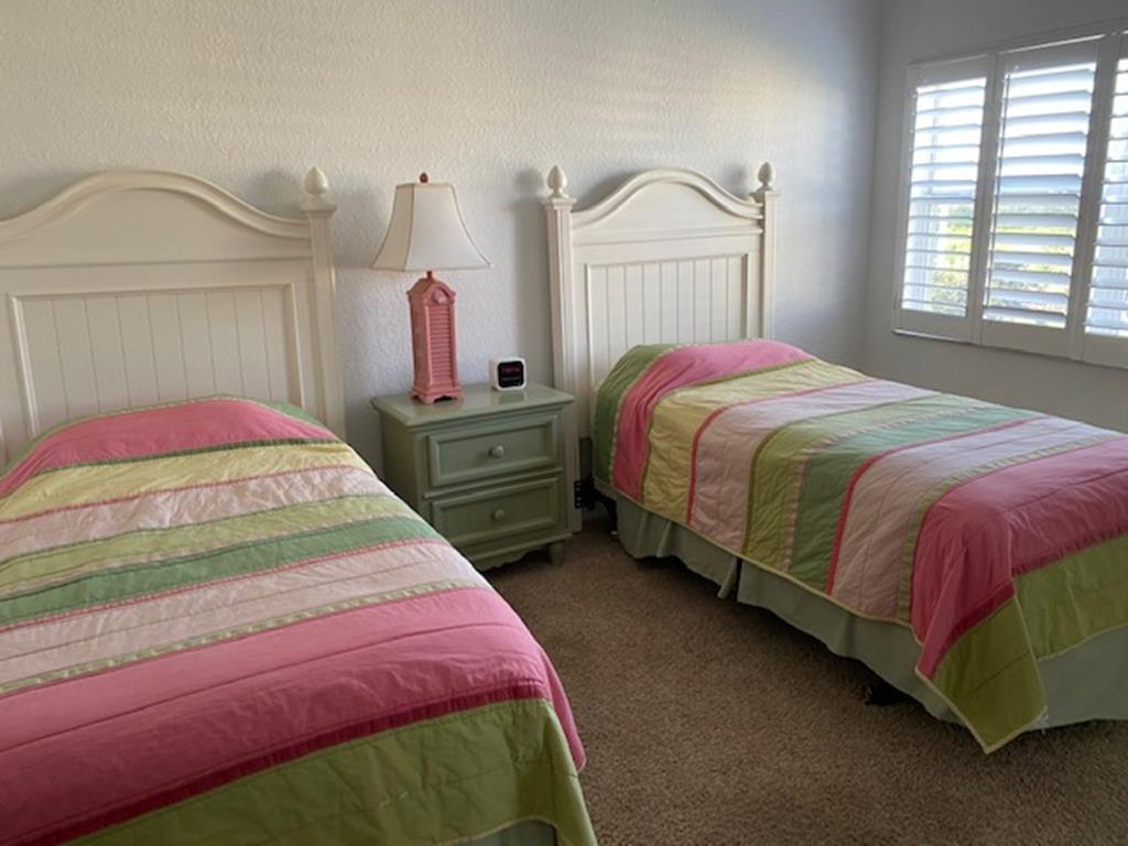 Guest Room - Twin Beds