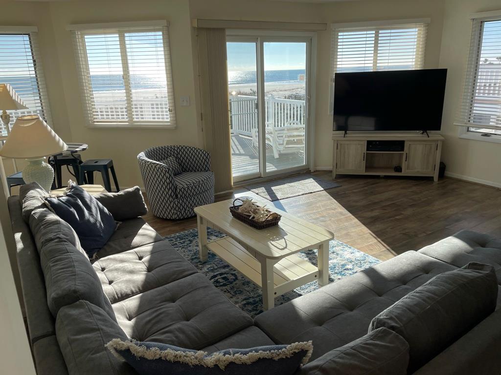 6405 Pleasure Avenue, Sea Isle City (Beach Front) - Picture 2
