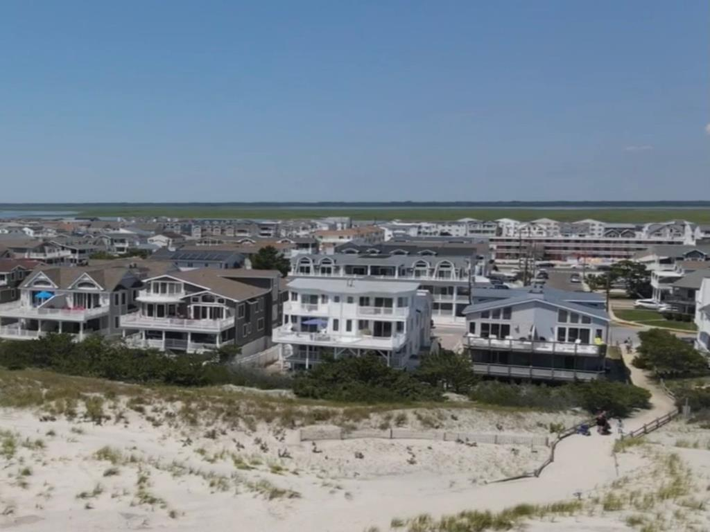 6405 Pleasure Avenue, Sea Isle City (Beach Front) - Picture 16