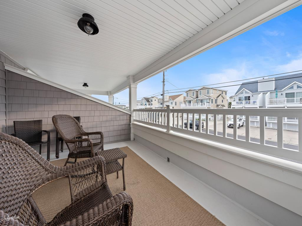 275 26th Street, Avalon (Mid-Island) - Picture 6