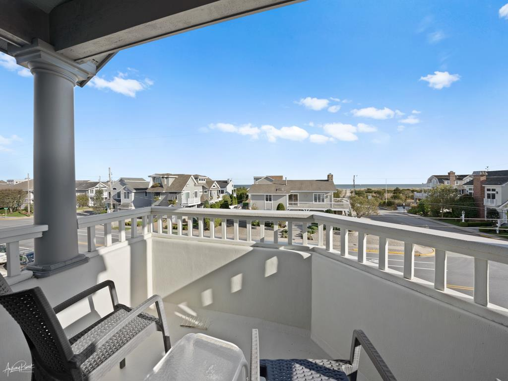 3778 First Avenue, Avalon (Beach Front) - Picture 11
