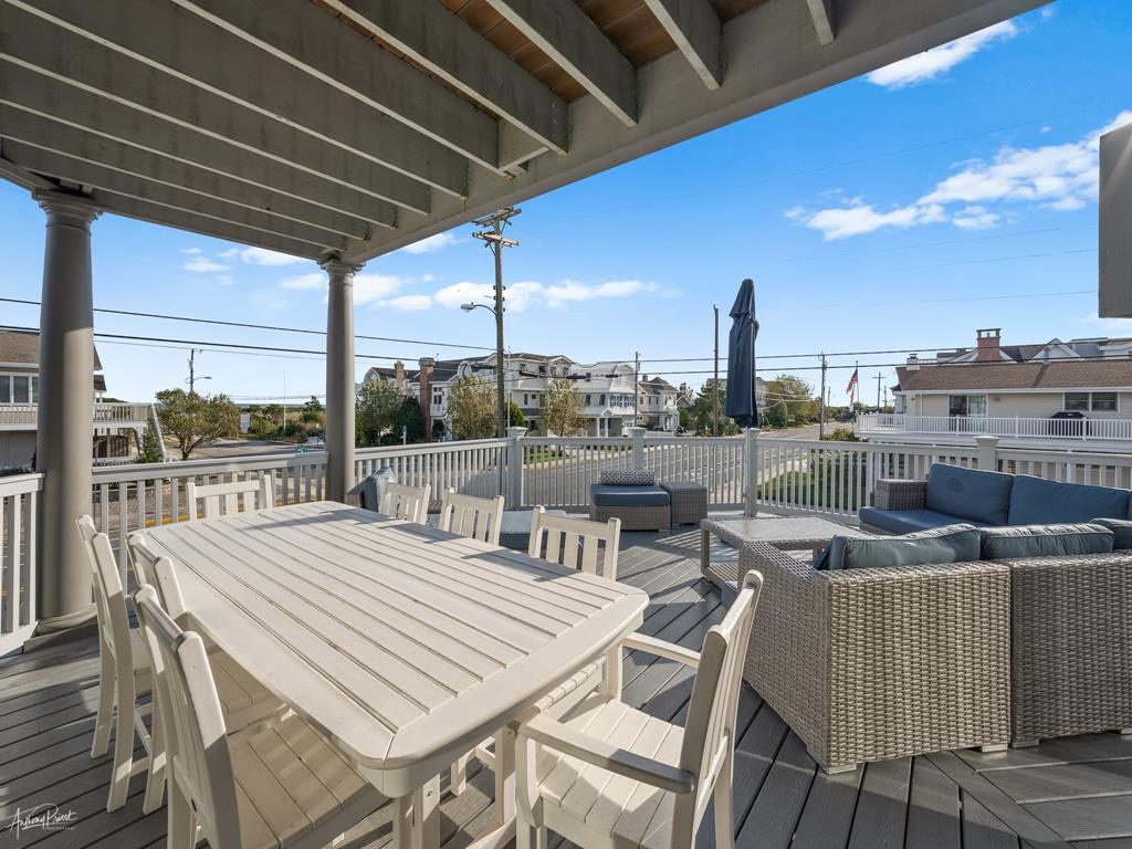 3778 First Avenue, Avalon (Beach Front) - Picture 32