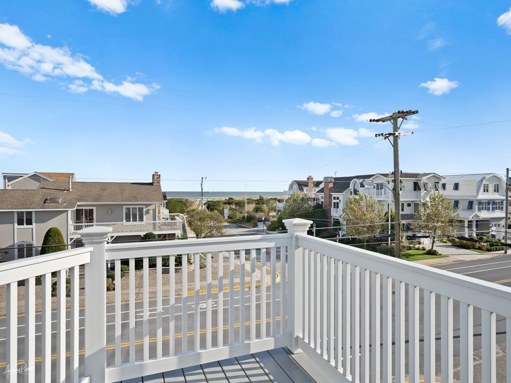 3778 First Avenue, Avalon (Beach Front) - Picture 33