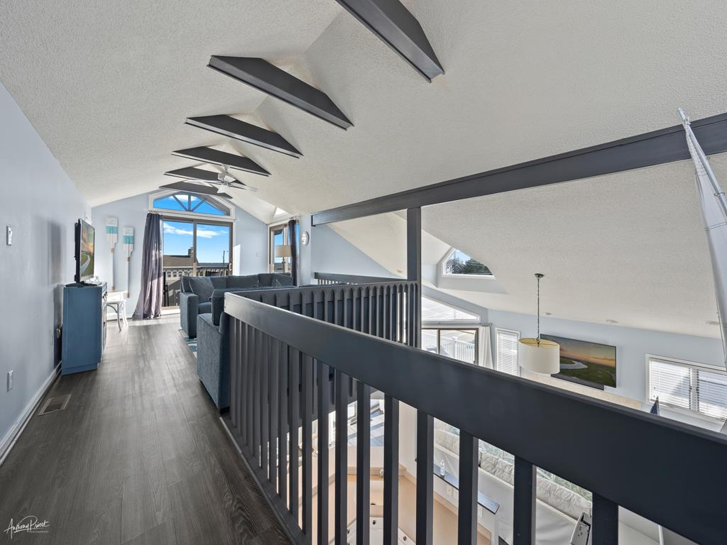 3778 First Avenue, Avalon (Beach Front) - Picture 9