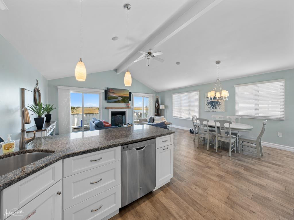 2934 Ocean Drive, Avalon (Bay) - Picture 9