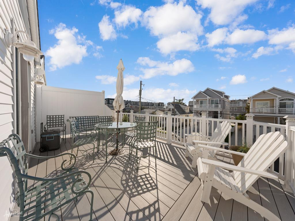 239 23rd Street - West, Avalon (Mid-Island) - Picture 16