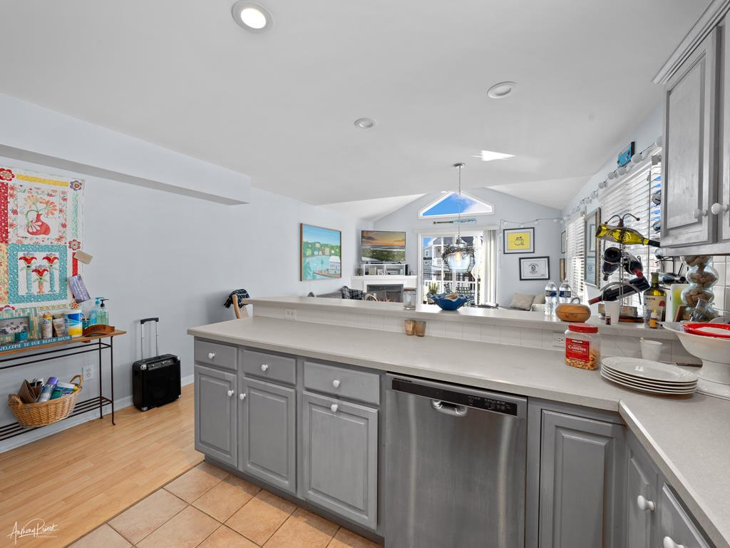 239 23rd Street - West, Avalon (Mid-Island) - Picture 3