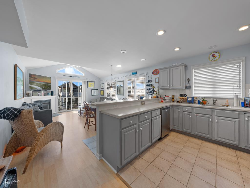 239 23rd Street - West, Avalon (Mid-Island) - Picture 4