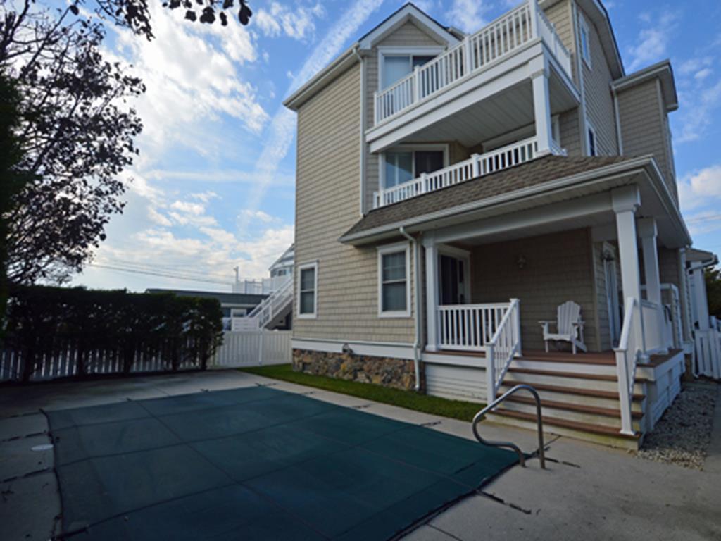 2763 Avalon Avenue, Avalon (Beach Block)