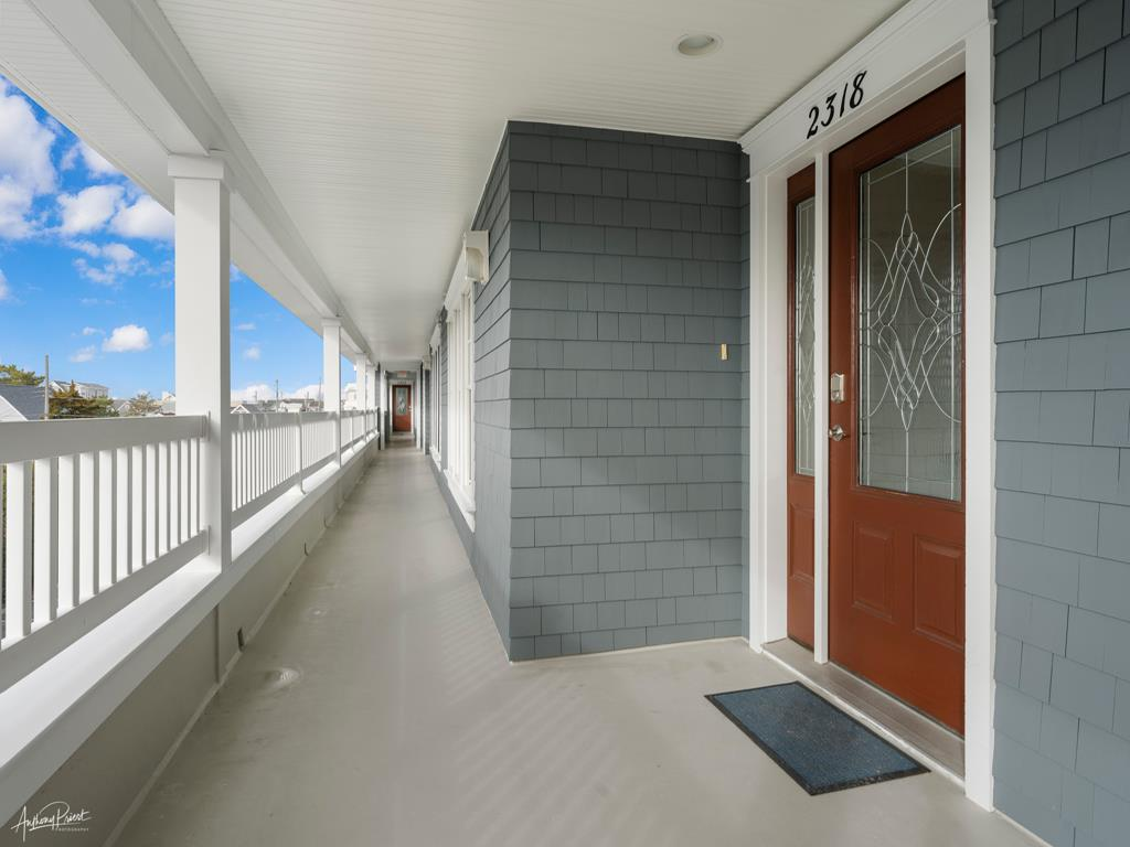 2318 Dune Drive, Avalon (Mid-Island) - Picture 2