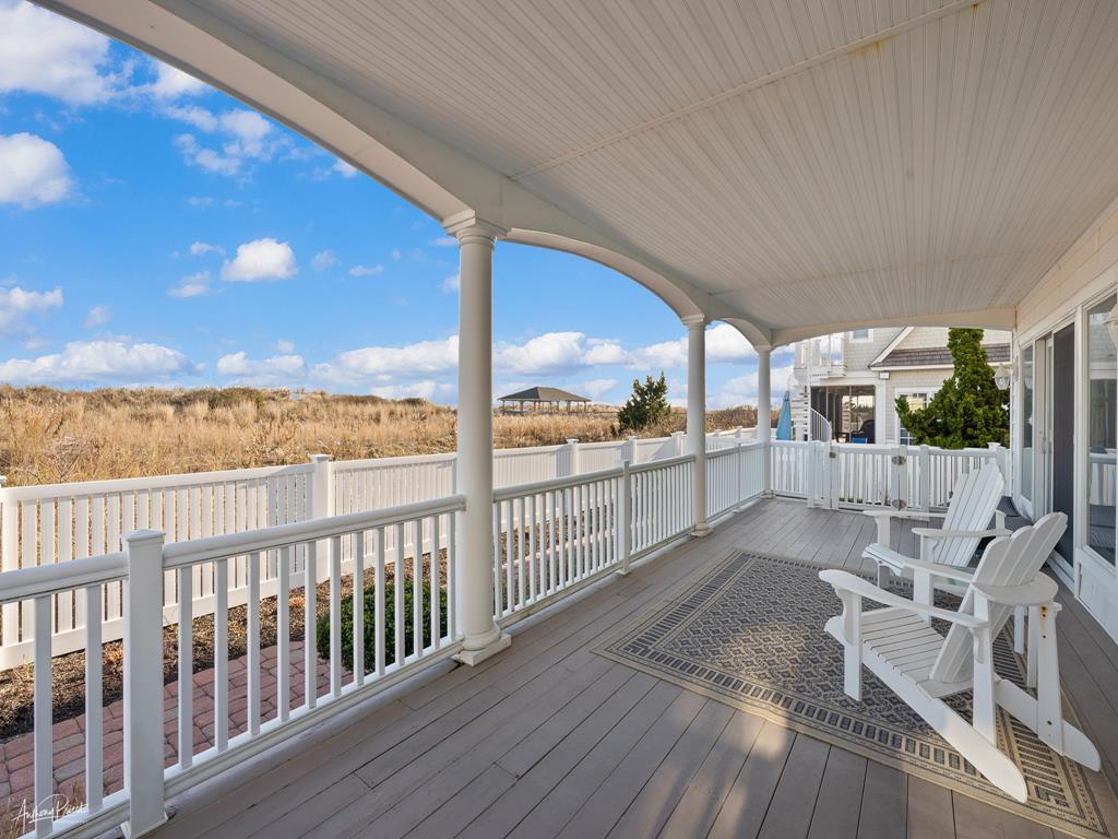 4 88th Street, Stone Harbor (Beach Front) - Picture 3