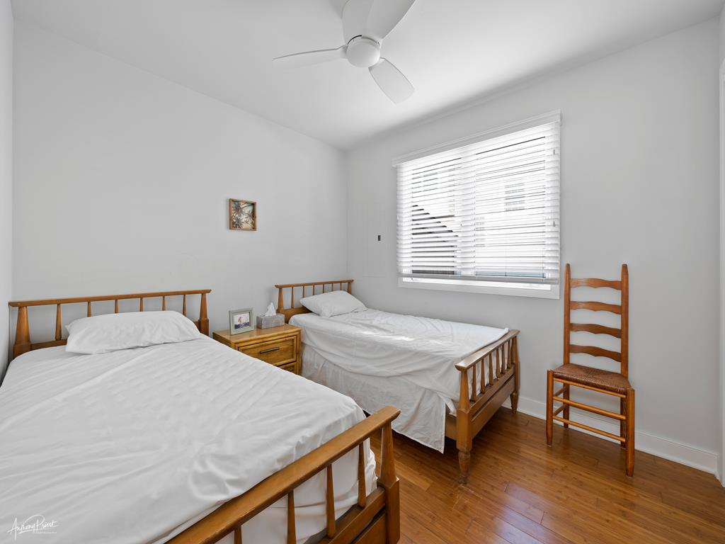 173 33rd St, Avalon (Mainland) - Picture 2