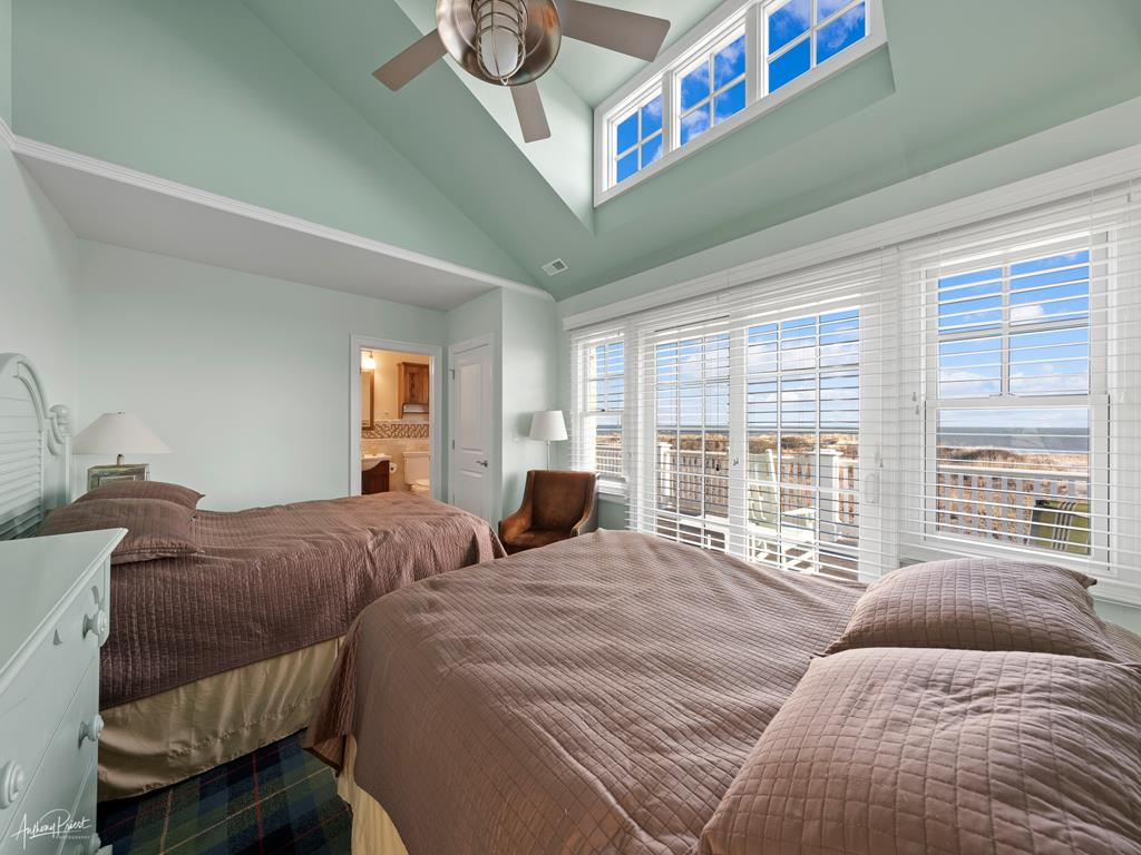 2 88th Street, Stone Harbor (Beach Front) - Picture 6