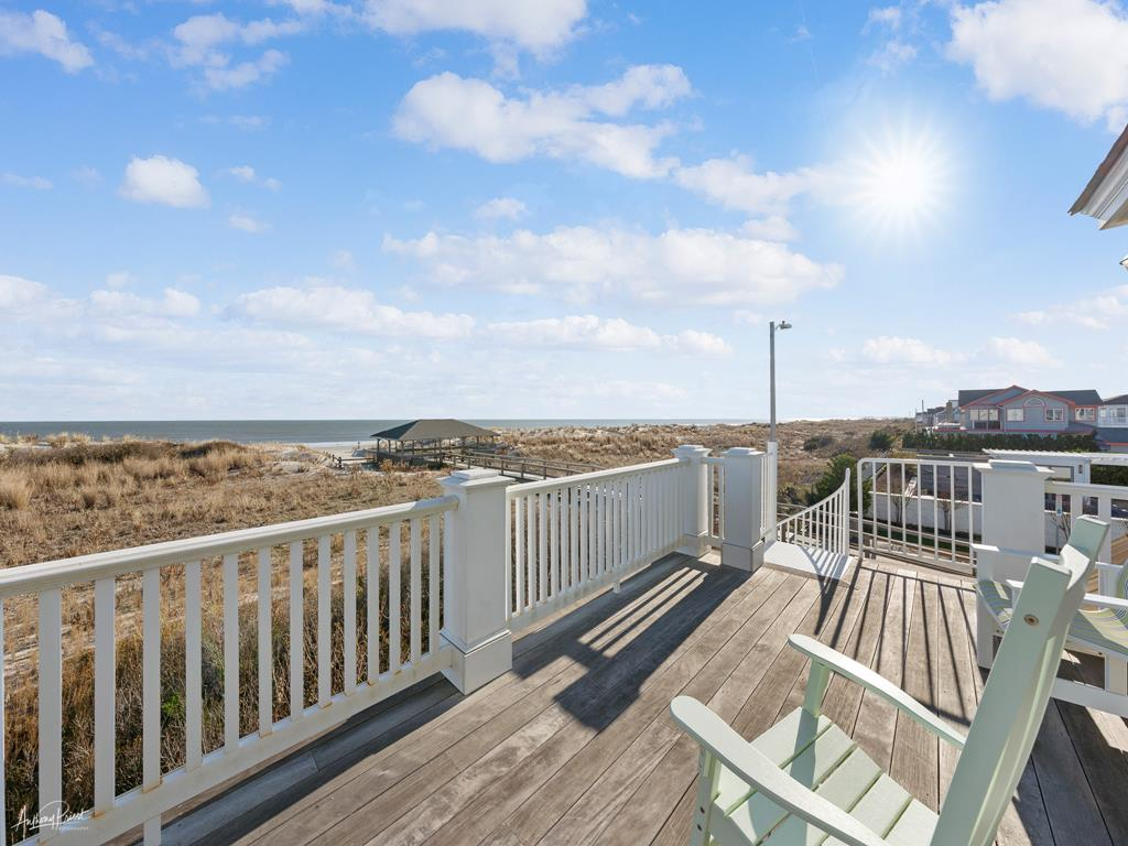 2 88th Street, Stone Harbor (Beach Front) - Picture 7