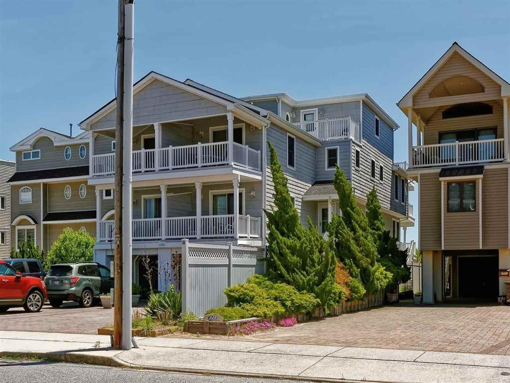 6709 Pleasure  Avenue, Sea Isle City (Beach Front)