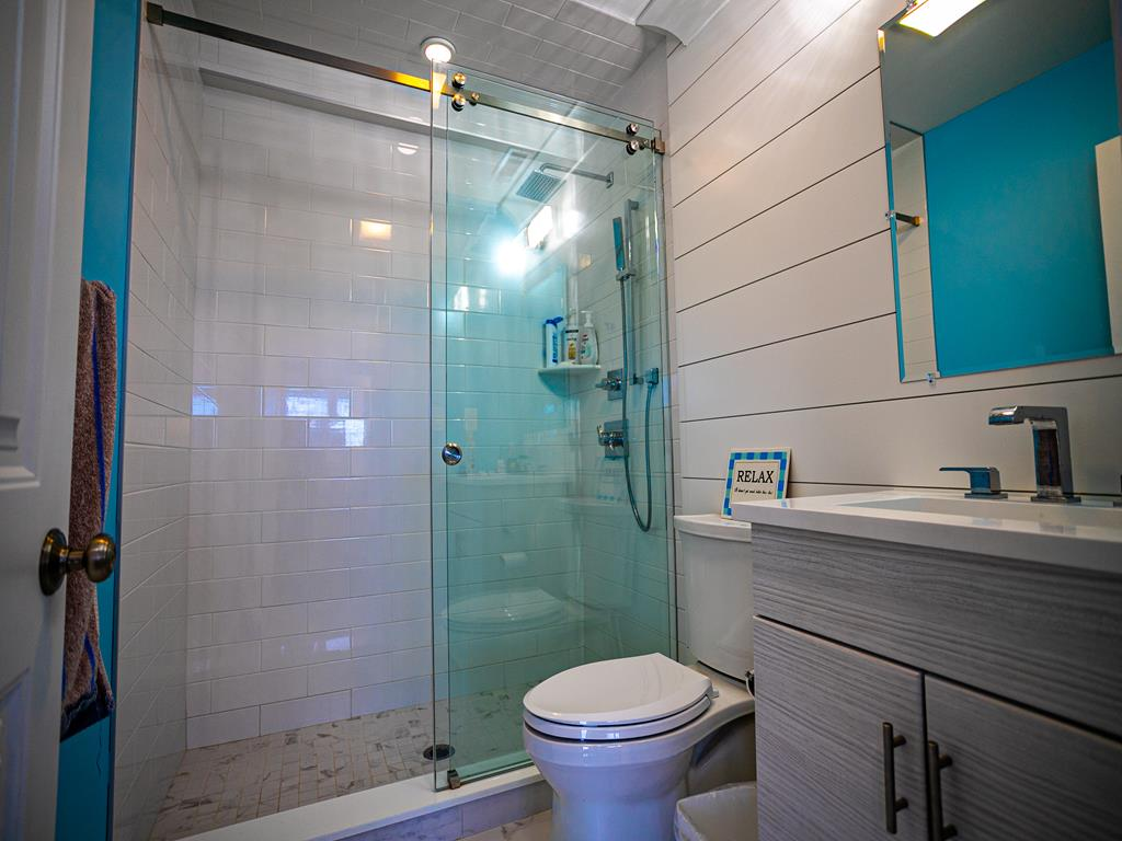 10506 Golden Gate, Stone Harbor (Bay Front) - Picture 12