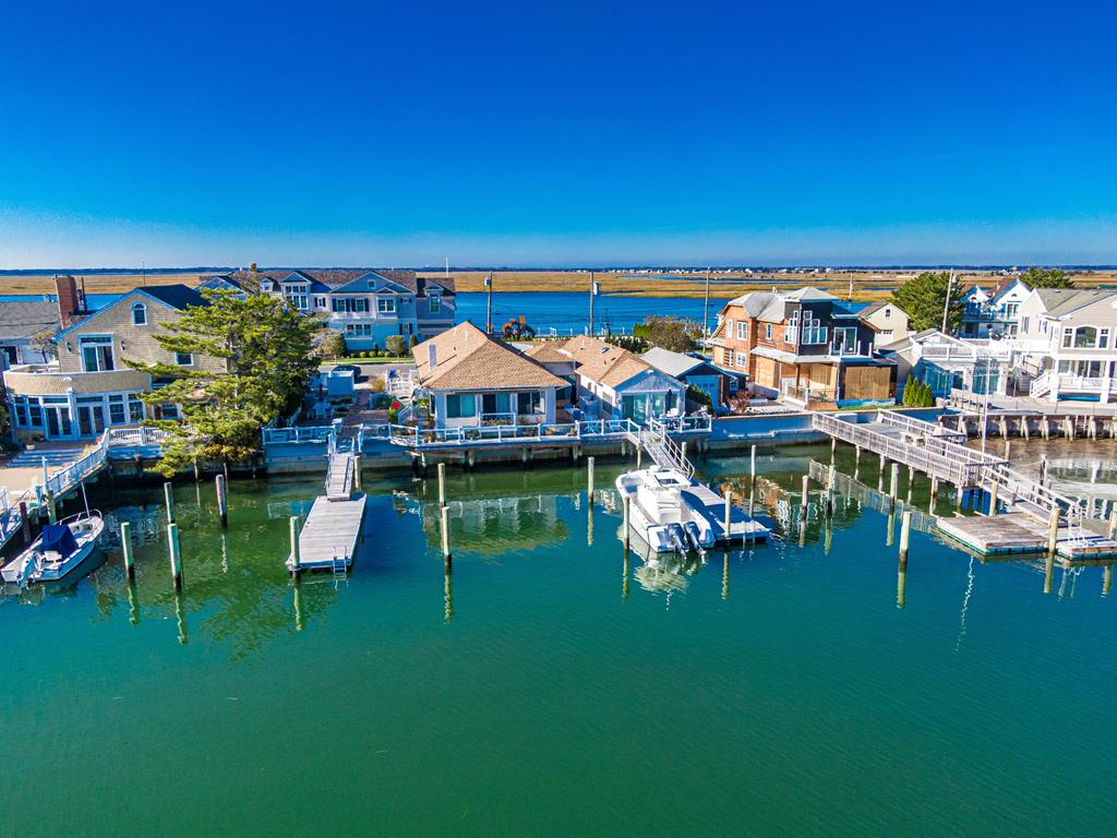 10506 Golden Gate, Stone Harbor (Bay Front) - Picture 4