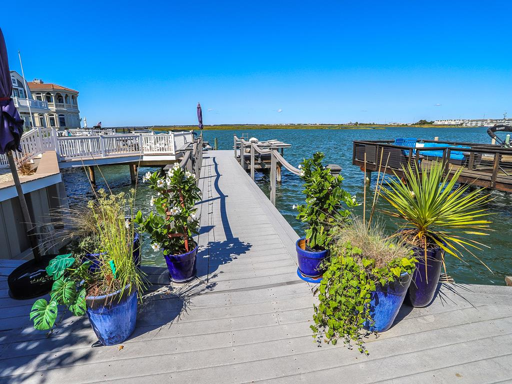 10023 Sunset Drive, Stone Harbor (Bay Front) - Picture 2