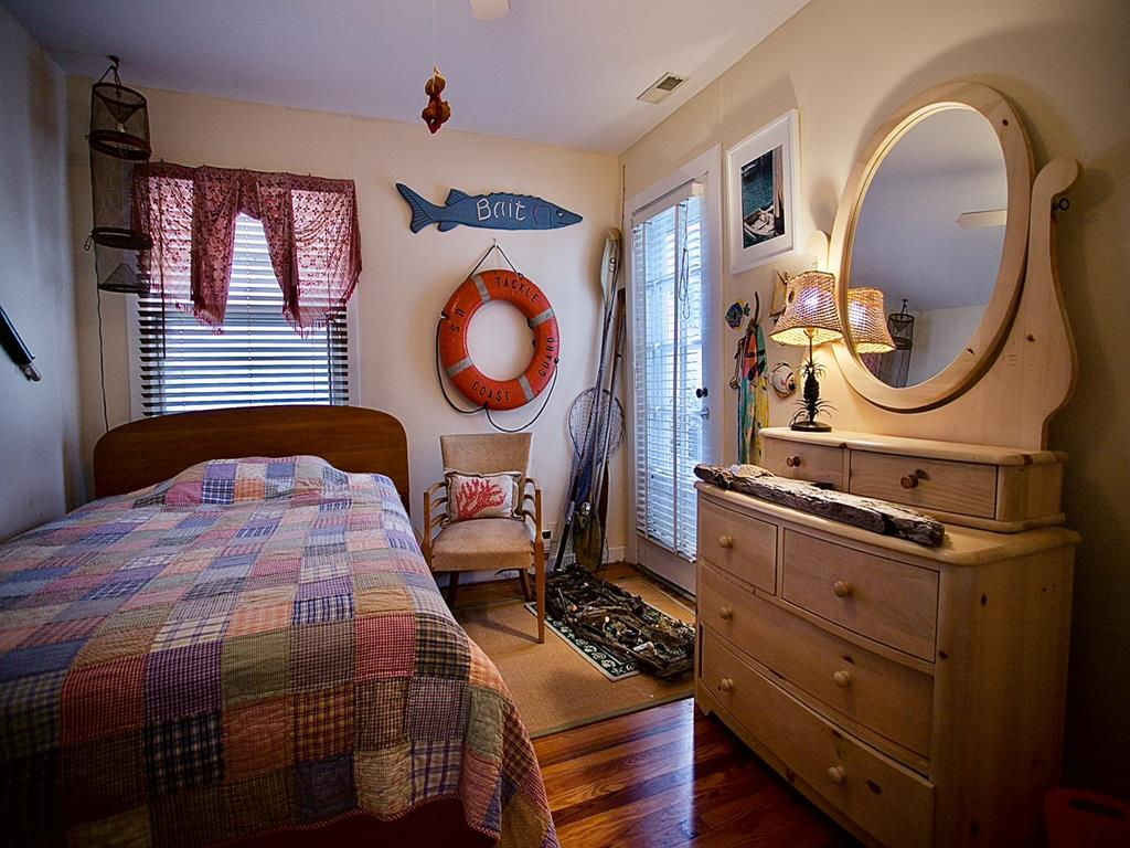 10023 Sunset Drive, Stone Harbor (Bay Front) - Picture 12