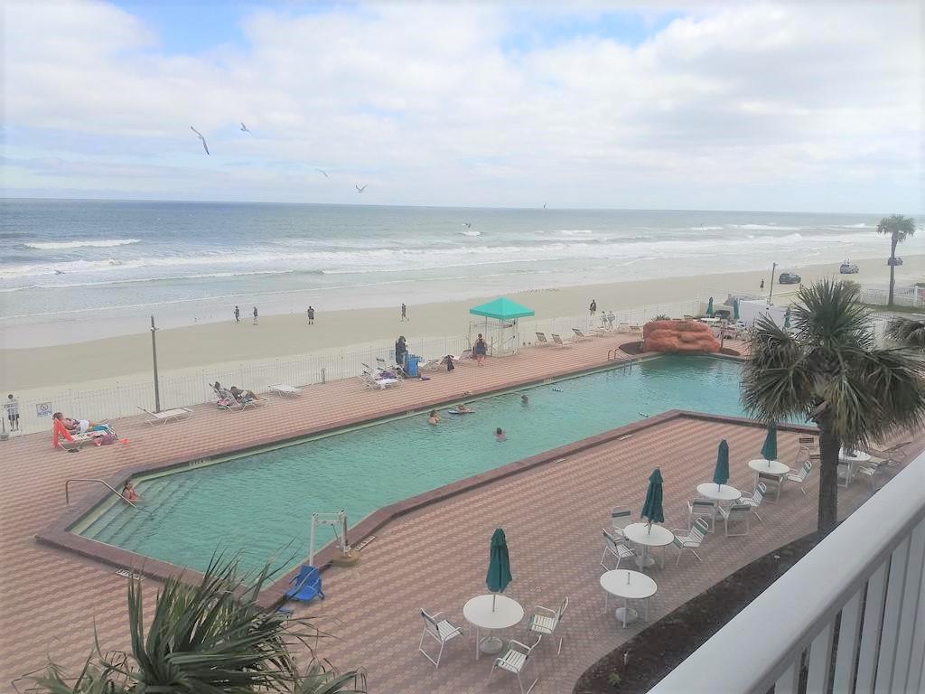 Harbour Beach Resort