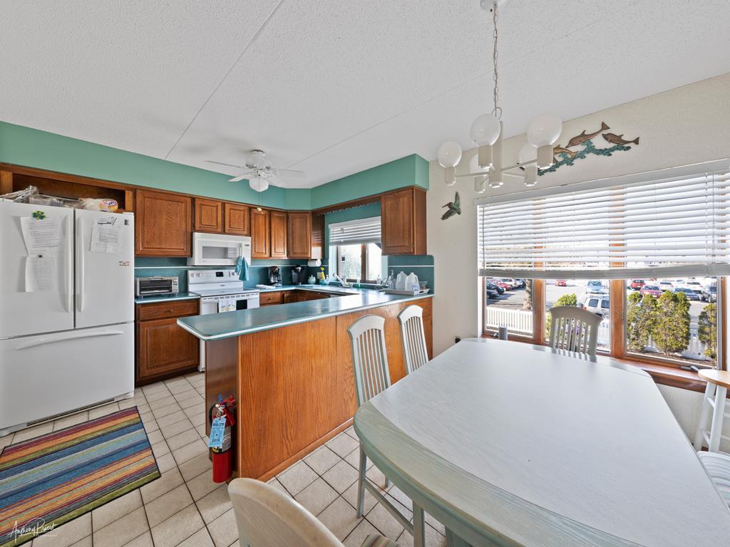 9709 Second Avenue, Stone Harbor (Mid-Island) - Picture 6