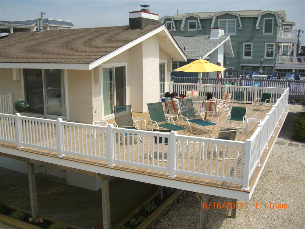 85 East 23rd Street, Avalon (Beach Front)