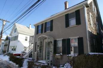 65 Commercial Street, Unit 4 - 50784