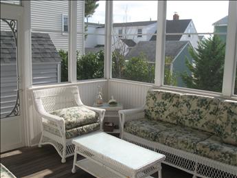 16 E Lillie Avenue, Beach Haven Park (Ocean Side) - Picture 5