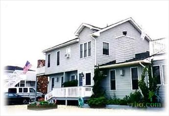 7523 Ocean Drive, Avalon (Center)