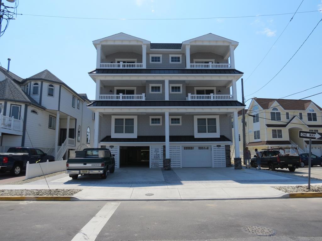 6821 Pleasure  Avenue, Sea Isle City (Beach Front)
