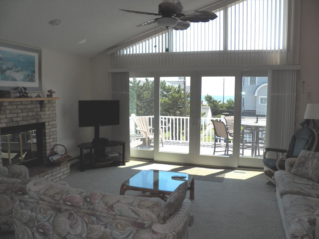4608 Pleasure Avenue., Sea Isle City (Beach Block) - Picture 4