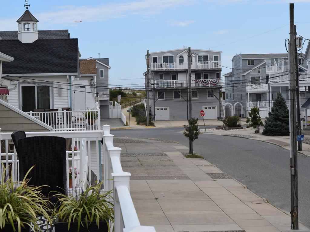 21 68th Street, Sea Isle City (Beach Block) - Picture 2