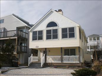 8908 Pleasure Avenue, Sea Isle (Beach Block)