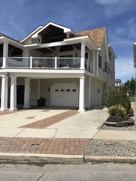 7008 Pleasure Avenue, Sea Isle City (Beach Block) - Picture 2