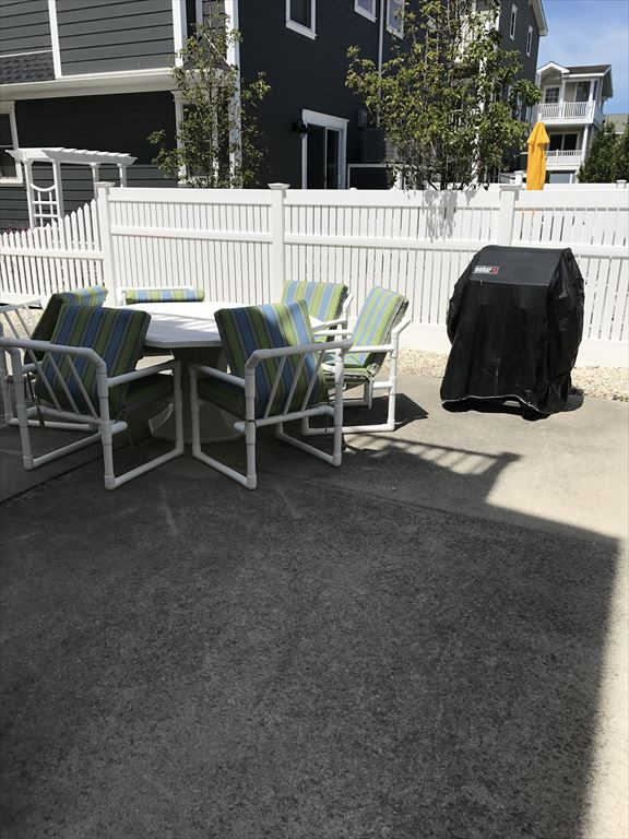 7008 Pleasure Avenue, Sea Isle City (Beach Block) - Picture 4
