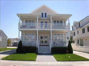 18 71st Street, Sea Isle (Beach Block)