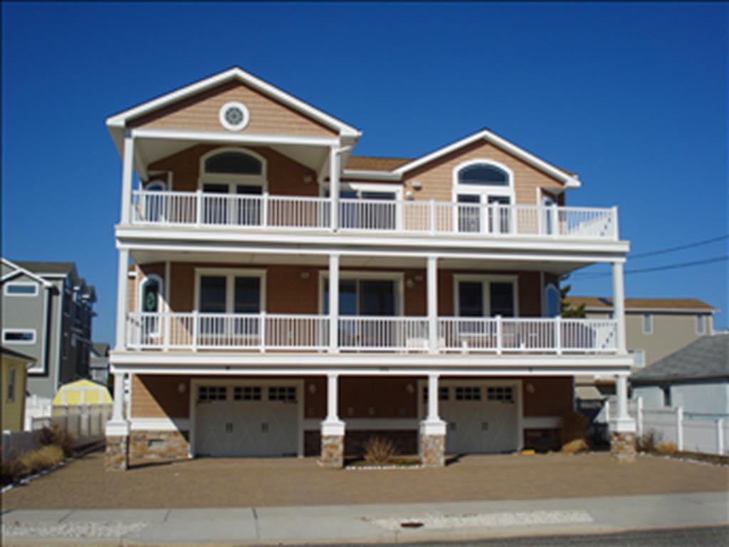 105 88th Street, Sea Isle City (Beach Block)