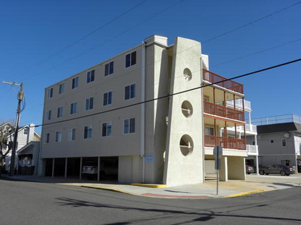 17 42nd Street, Sea Isle City (Beach Block)